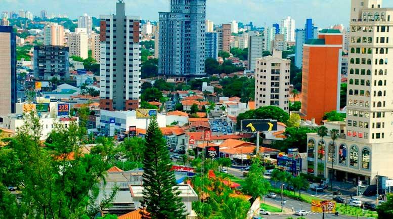 A cidade de Campinas oferece uma grande variedade de restaurantes, bares e pizzarias para seus moradores e visitantes